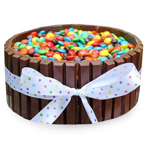 Kit Kat Cake 1Kg - KGS-CAK188