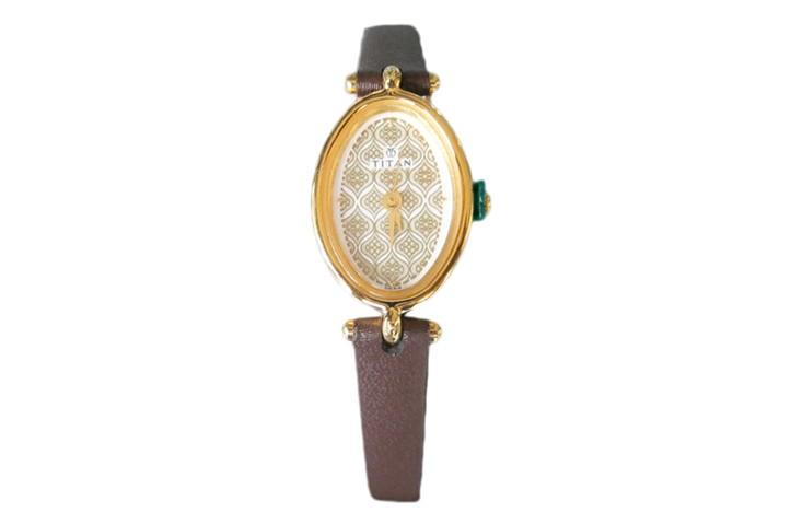 Titan Ladies Analog Watch - NF2418YL01